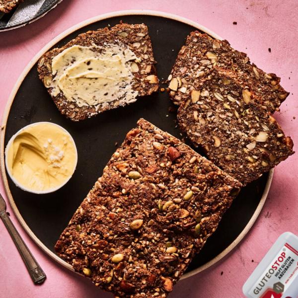 Super-Samen-Brot-mit-GluteoStop